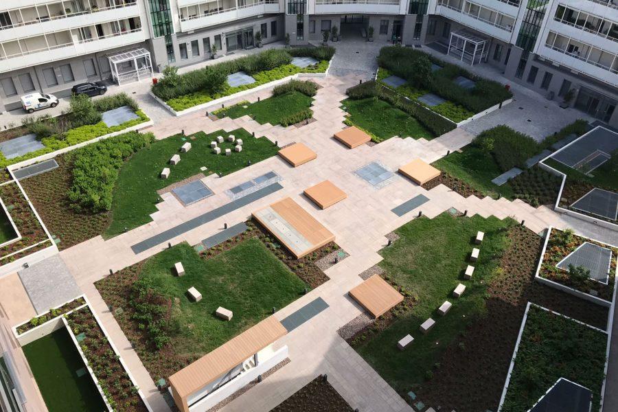 vista dall'alto su giardino pensile di porta volta