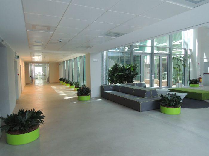 la-forgiatura-hall-raimondi-indoor-green-valerio-cozzi (1)
